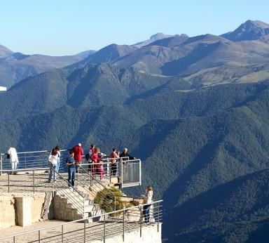 Vista de la Cordillera Cantábrica desde el Mirador de Fuente Dé en Picos de Europa
